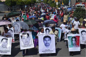 March in Mexico for the return on the 43 missing Ayotzinapa students.