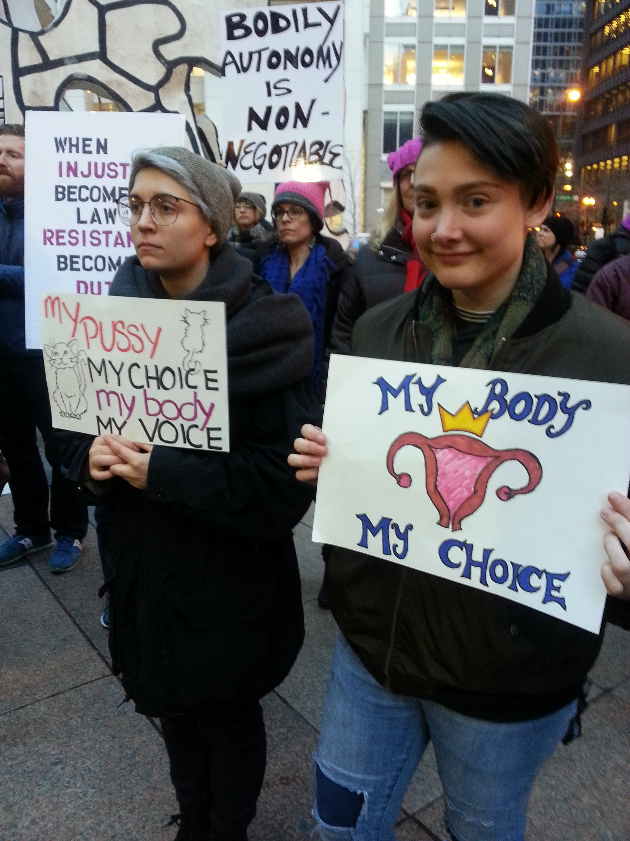 Women protesting for abortion rights in Chicago